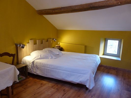 mauleon-chambres-dhotes-la petite vallee-ch1-sit.jpg