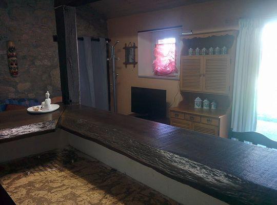 gîte-studio rustique-bressuire-bar.jpg