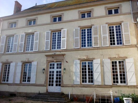 geay-chambre-dhotes-lancienne-ecole-facade1.jpg