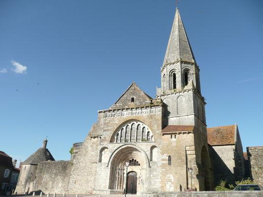 Eglise Saint-Laurent - Maison-Dieu - Montmorillon ©Béatrice Guyonnet (4).jpg