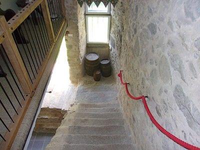 la foret sur sevre-la ferme fortifiee-escalier-sit.jpg