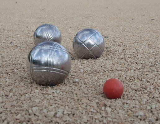 jeu-de-boules-petanque4.jpg