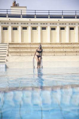 Cabines de la piscine Art déco de Bruay-La-Buissière.jpg