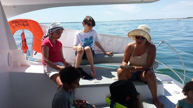 dreamon-promenades-catamaran-iledere-3.jpg