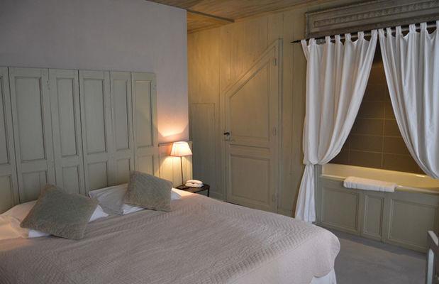 tn_La maison douce St Martin de Ré - chambre tradition (1).JPG