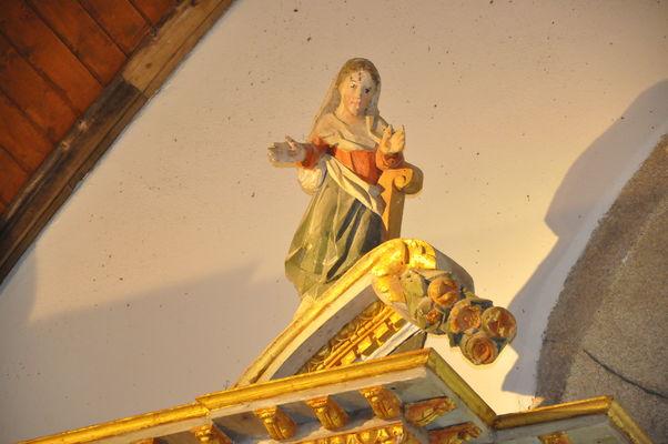 VG sablières sculptées - Kerlenat et église - Locmalo ©OTPRM (13).JPG