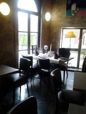Le Cercle - Valenciennes -  Restaurant - Table Présentée - 2018.jpg