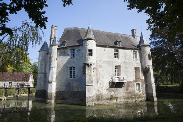 Chateau de Creminil Estree Blanche2-Copyright Brigitte Baudesson.jpg