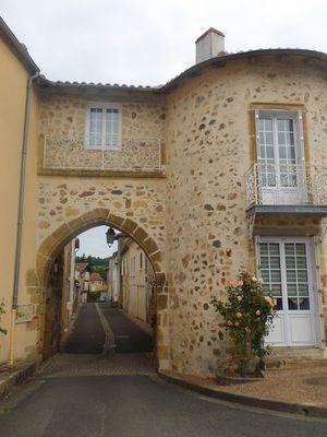 Bourg Availles-Limouzine ©OTVG (2).JPG