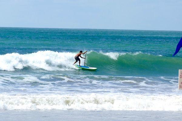 SUP-vague-iledere-surf.JPG