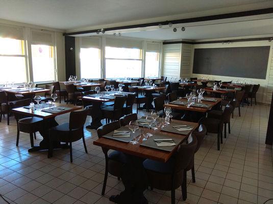 aux-2-couleurs-vieux-condé-restaurant.jpg