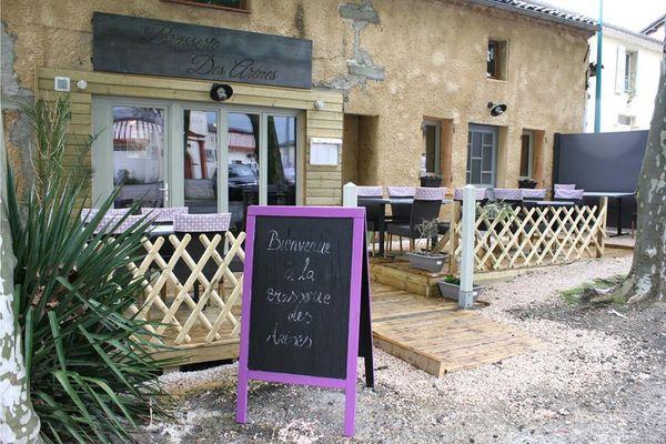 Brasserie arène exter à Aignan.jpg