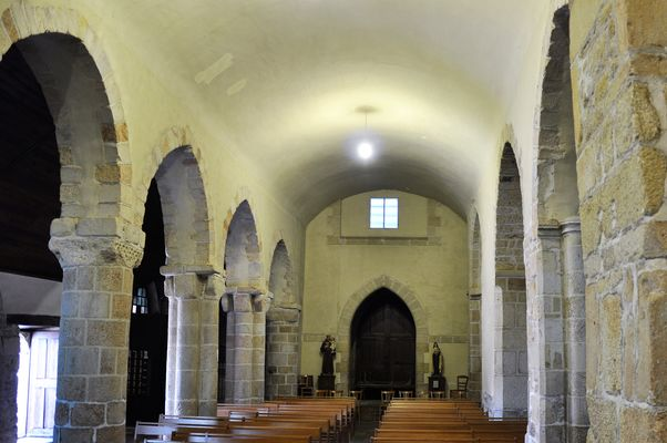 Eglise - Priziac - intérieur - Pays roi Morvan - Morbihan Bretagne sud - CP OTPRM (10).JPG