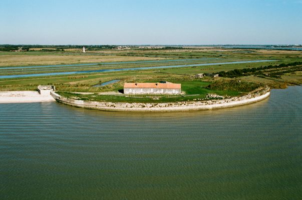 Fort La Pointe.JPG