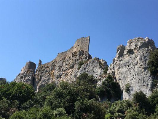 Excursion en minibus- Quéribus et Peyrepertuse - Les citadelles du Vertige 1.jpg