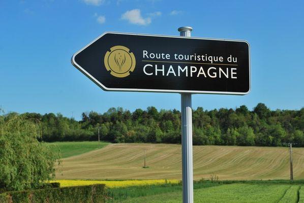 route-touristique-champagne.jpg