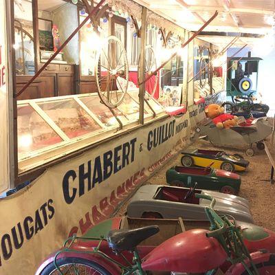 Stand fête foraine & voitures à pédale - Musée Maurice Dufresne.JPG