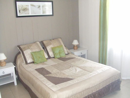 location-iledere-lepinparasol-chambre-litdouble.jpg