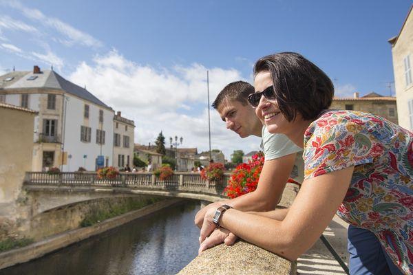 Cœur de ville Fontenay-le-Comte - Mehdi Media Office de Tourisme Pays de Fontenay-Vendée.jpg