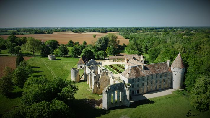 Abbaye de la Réau ©Noémi Brunet (1).jpg