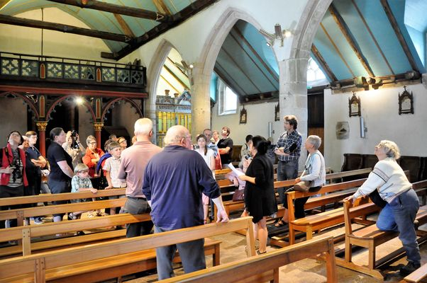 Visite à l'église Saint-Conogan.jpg