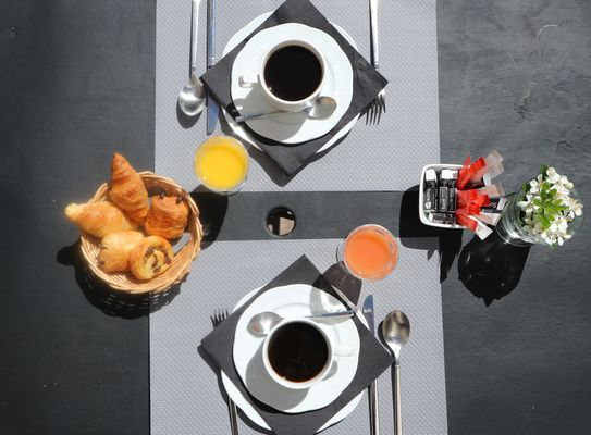 hotel-ile-de-re-la-maison-douce-petit-dejeuner_09.JPG