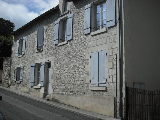 location_la_roche_posay_Breton_ext.jpg