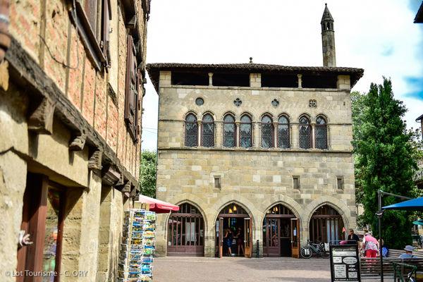 Hôtel de la Monnaie - office de tourisme de Figeac--© Lot Tourisme - C. ORY.jpg