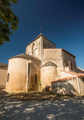 Eglise Usson-du-Poitou ©Alain Buchet (3) redimensionnee.jpg