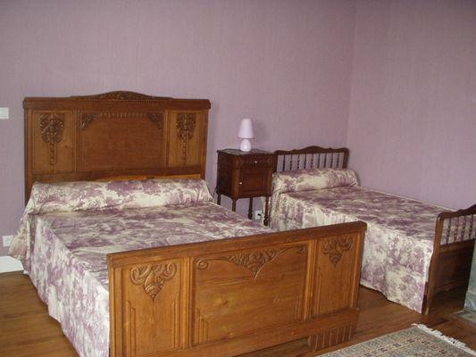 163247larroude-chambre2coinbureau.jpg