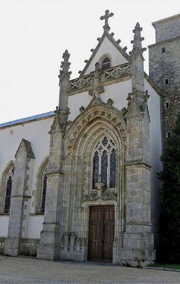 180505-moncoutant-visiteguidee-eglise.jpg