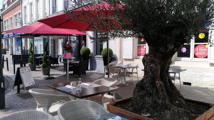 Valenciennes - Les Arcades - Hotel - Terrasse (1) - 2018.jpg