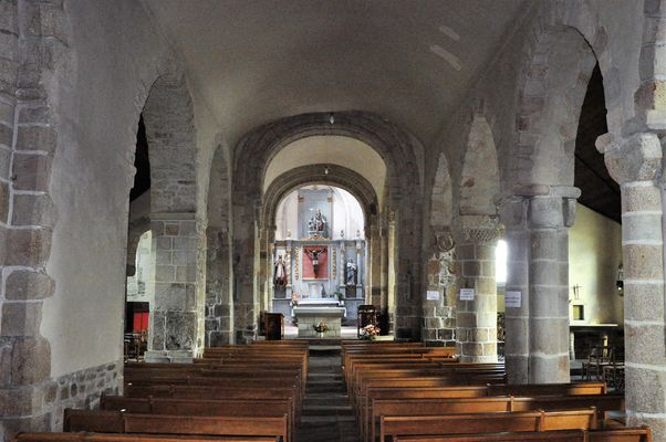 Eglise - Priziac - intérieur - Pays roi Morvan - Morbihan Bretagne sud - CP CCPRM (233).JPG