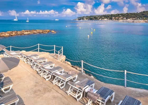pier on our private beach - ROYAL BEACH - copyright ROYAL ANTIBES.jpg