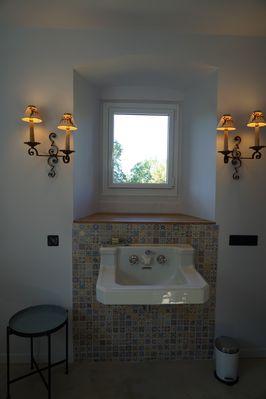 moutiers-sous-chantemerle-chambres-dhotes-bocage-de-la-belle-histoire-salle-de-bain.jpg