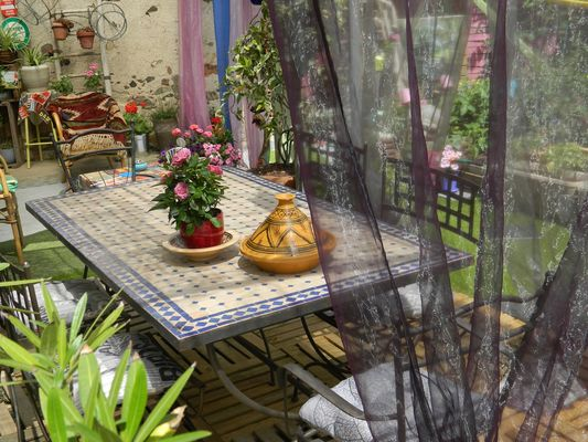 st maurice-etusson-chambre-dhotes-la-fougereuse-terrasse1.JPG