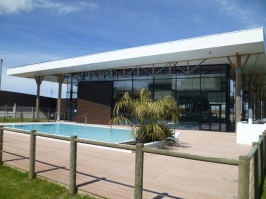 piscine-aquare-saintmartin-exterieur.jpg