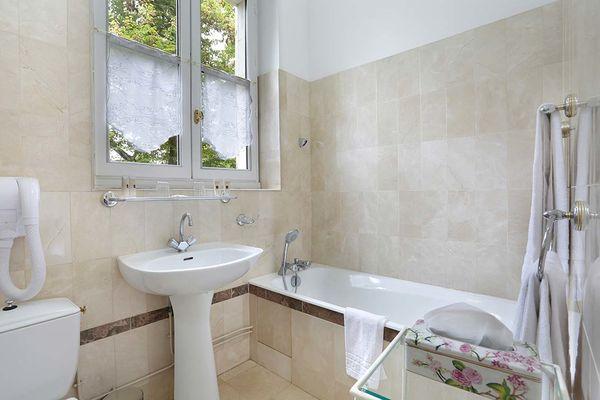La-Rozelle--chambre-Privilège---Salle--de-Bains_22_03.jpg