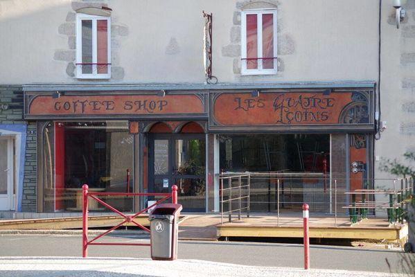 les4coins-façade.jpg