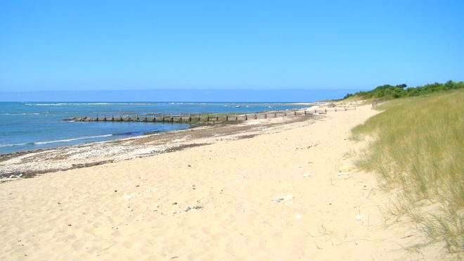 Plage de la grange plage ars en r destination ile de r - Office tourisme ars en re ...