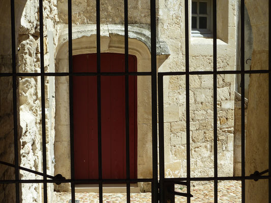 Presbytère Vallabrègues5.jpg
