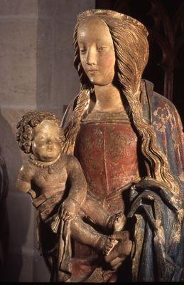 Troyes, 16e siècle - Vierge à l'enfant de Villenauxe (détail) - 882.14  - (c) Musées de Troyes - .jpg