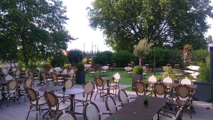 Au Bureau-Valenciennes-terrasse.jpg