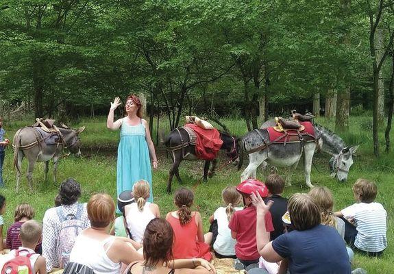 10 07 Balade contée avec les ânes de Mme .jpg
