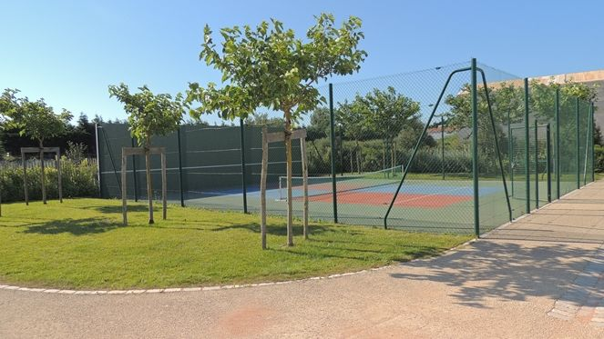Loix_Tennis_Club__6_.JPG