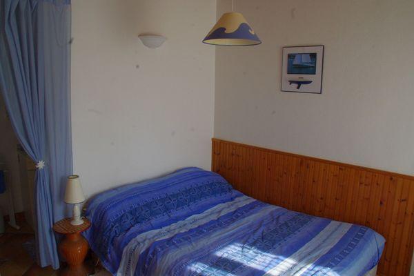 la-foret-sur-sevre-gite-le-bissut-chambre3.jpg