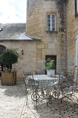 Chambres_hotels_chatelet_de_jayac (1).jpg