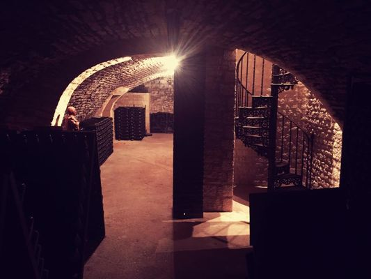 Caves Champagne Jacques DEFRANCE.jpg