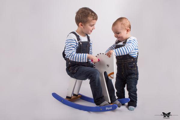 victoria-facella-photographie-séance-photo-studio-famille-enfants-ile-de-re-la-rochelle-47-Modifier.jpg