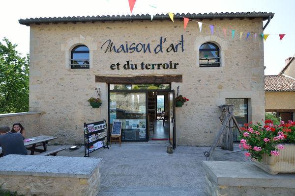 Maison d'art et du  terroir - Queaux ©Momentum Productions Mickaël Planes (6).jpg